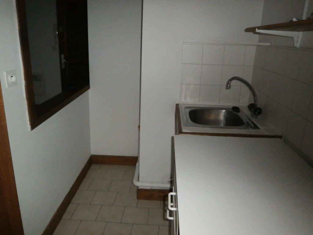 Appartement à louer 1 20.49m2 à Tours vignette-4