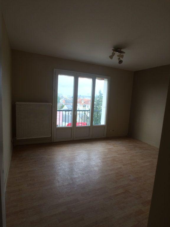 Appartement à louer 2 47.44m2 à Saint-Cyr-sur-Loire vignette-4