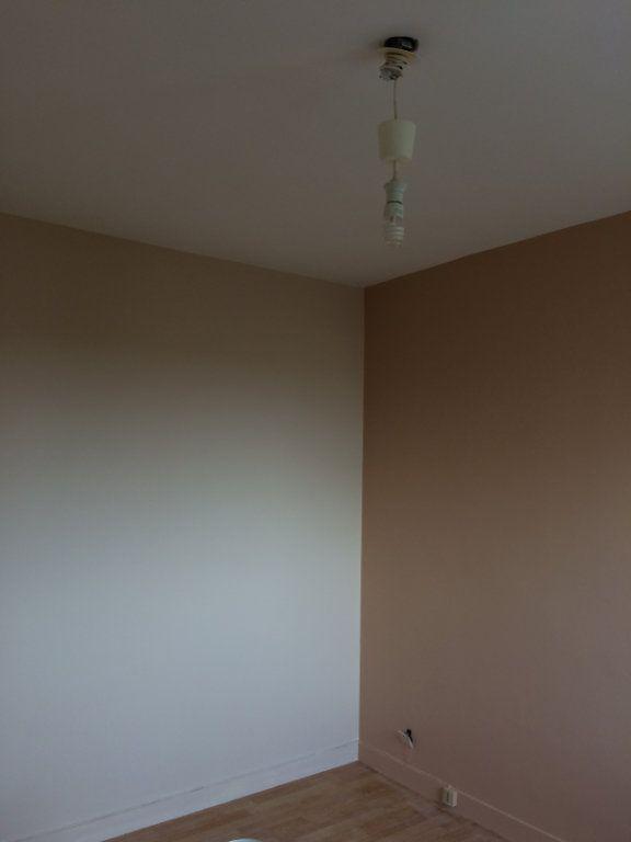 Appartement à louer 2 47.44m2 à Saint-Cyr-sur-Loire vignette-5