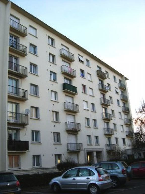 Appartement à louer 2 47.44m2 à Saint-Cyr-sur-Loire vignette-9