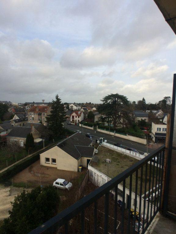 Appartement à louer 2 47.44m2 à Saint-Cyr-sur-Loire vignette-11