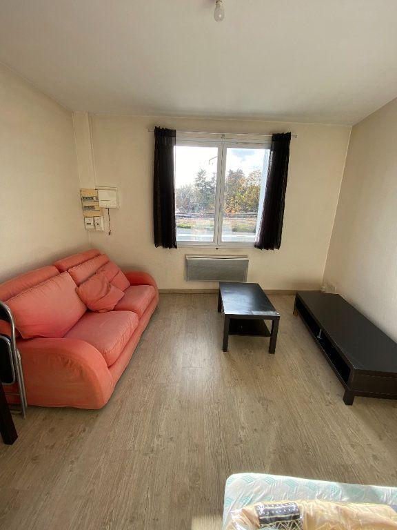 Appartement à louer 2 38.79m2 à Tours vignette-2