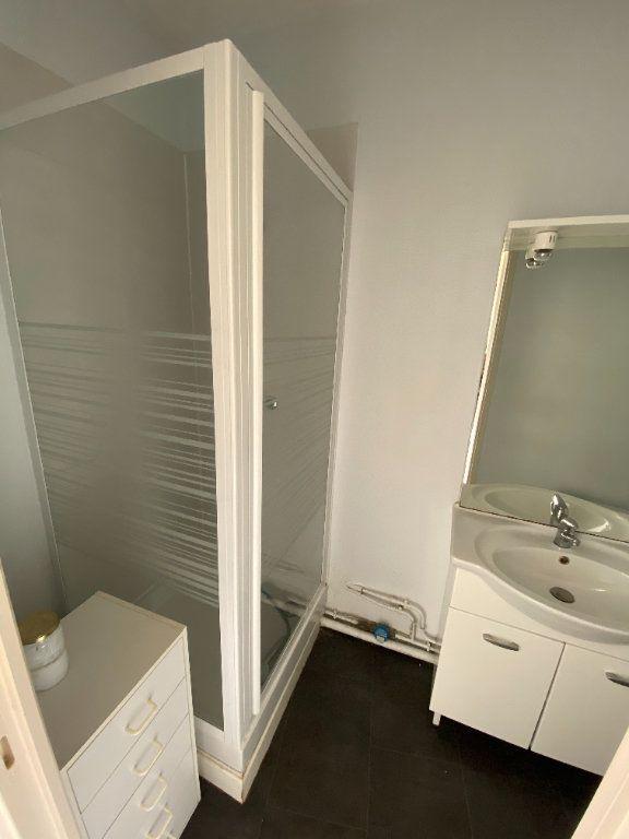 Appartement à louer 2 38.79m2 à Tours vignette-5