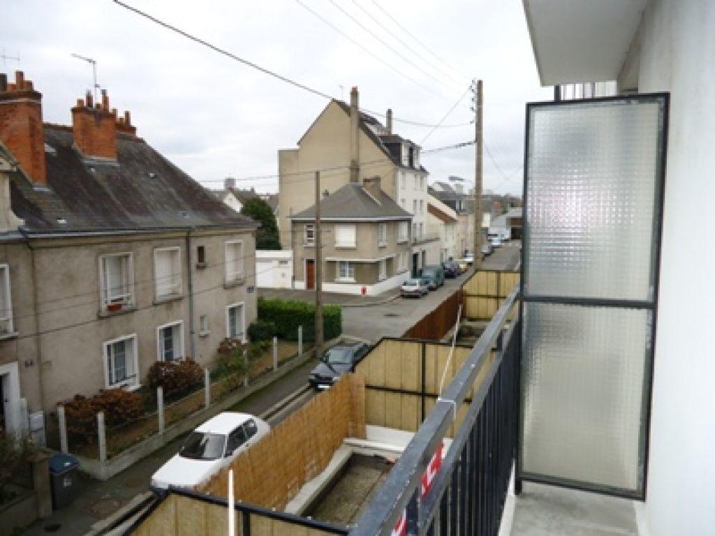 Appartement à louer 1 30.39m2 à Tours vignette-2