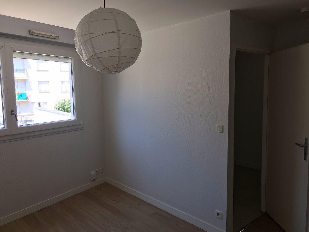 Appartement à louer 1 26.56m2 à Tours vignette-3