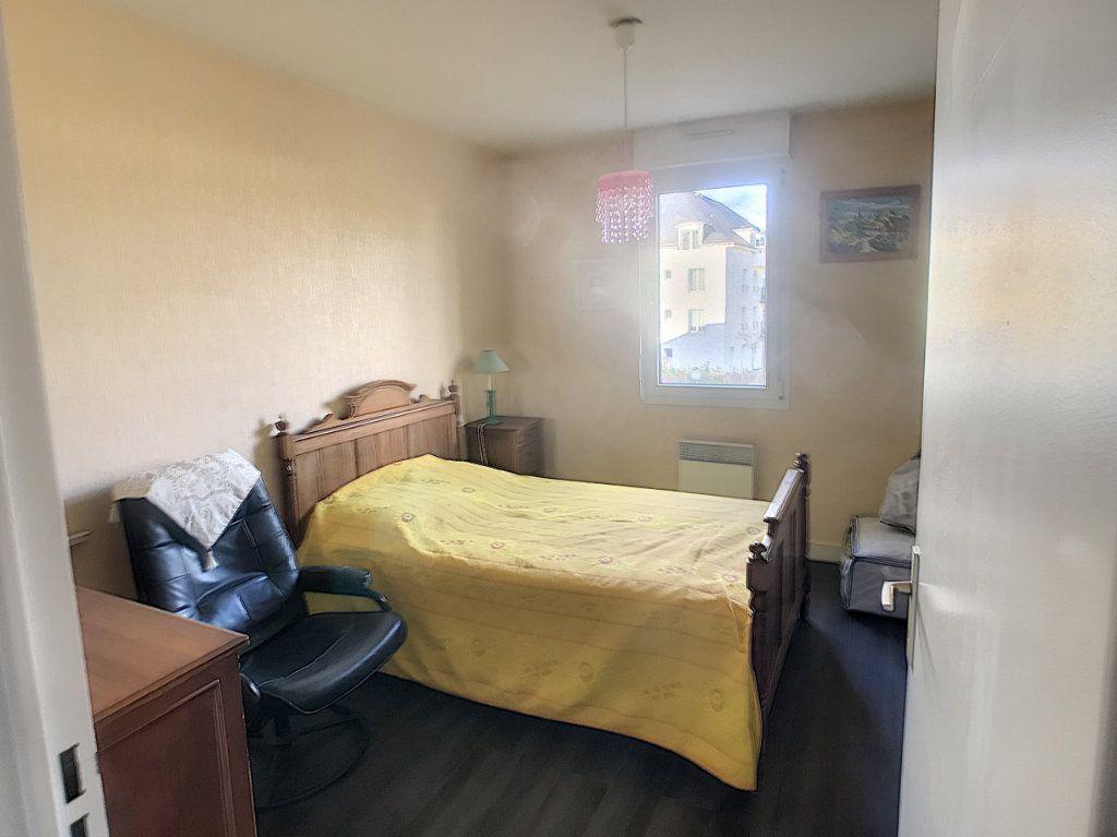 Appartement à louer 4 89.9m2 à Saint-Cyr-sur-Loire vignette-7