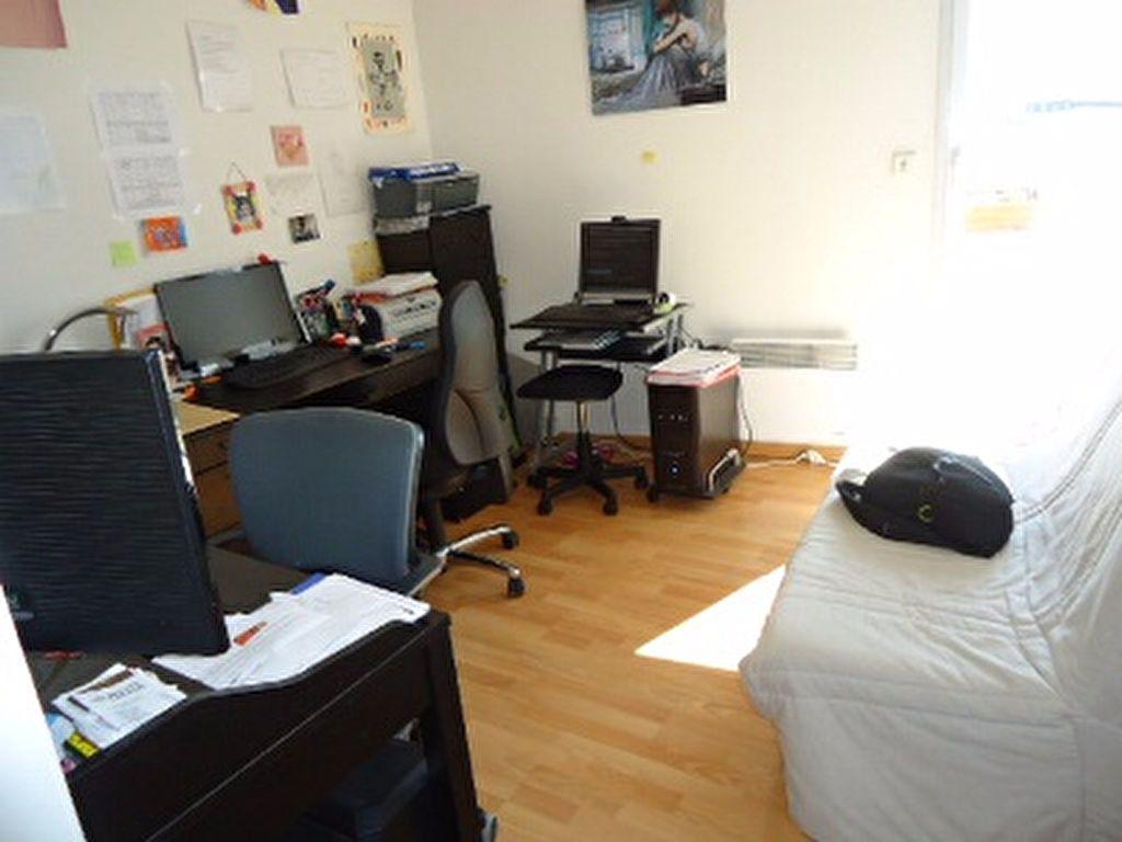 Appartement à louer 5 123m2 à Tours vignette-2