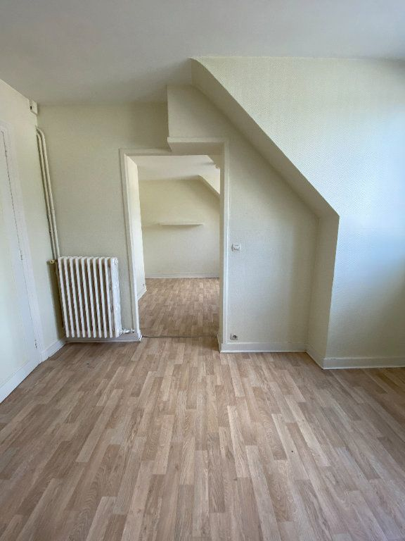 Appartement à louer 2 53.01m2 à Tours vignette-3