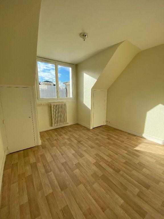 Appartement à louer 2 53.01m2 à Tours vignette-5