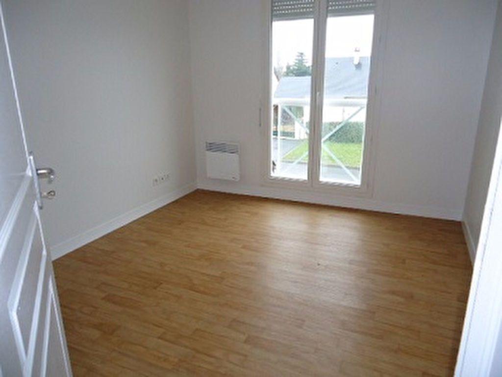 Maison à louer 4 79.7m2 à Amboise vignette-11
