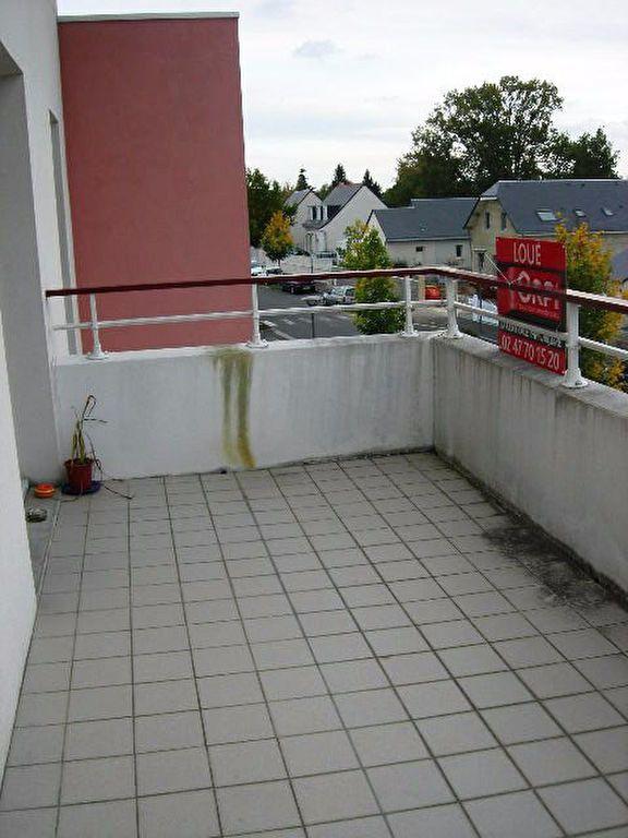 Appartement à louer 2 53.91m2 à Saint-Avertin vignette-4