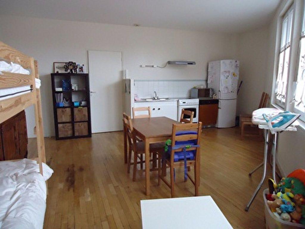 Appartement à louer 2 54.01m2 à Thilouze vignette-1