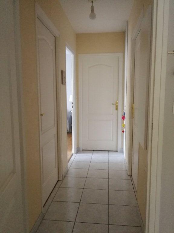 Appartement à louer 3 62.5m2 à Chambray-lès-Tours vignette-9