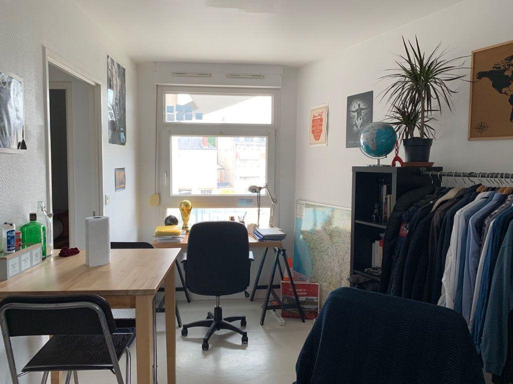 Appartement à louer 1 23.08m2 à Tours vignette-4