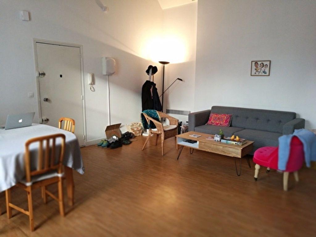 Appartement à louer 3 71.74m2 à Tours vignette-3
