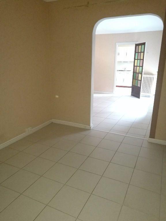 Appartement à louer 4 79.09m2 à Tours vignette-5