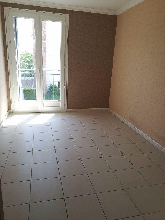 Appartement à louer 4 79.09m2 à Tours vignette-6