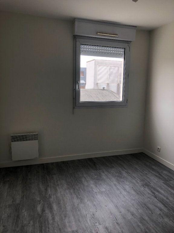 Appartement à louer 2 39.51m2 à Tours vignette-9