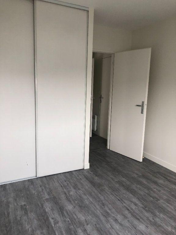 Appartement à louer 2 39.51m2 à Tours vignette-10