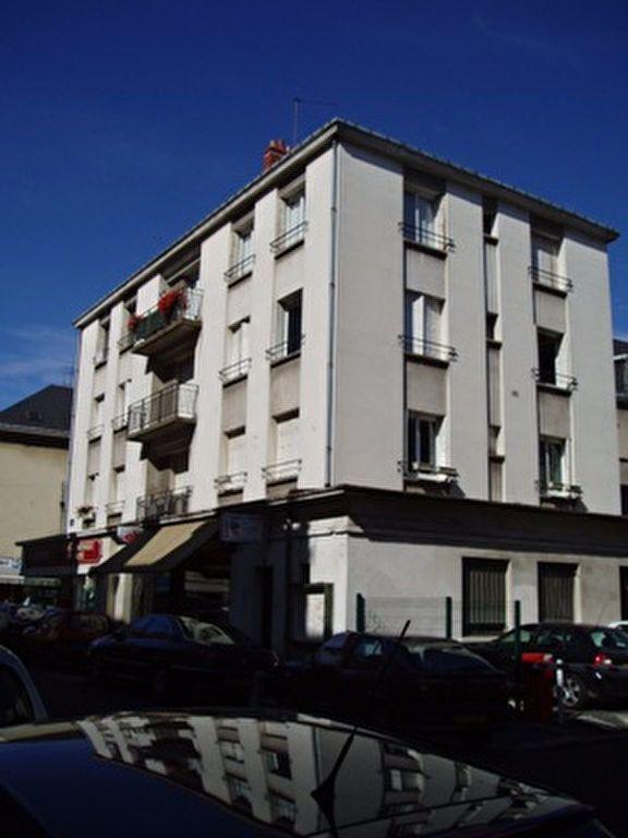 Appartement à louer 2 43.72m2 à Tours vignette-1