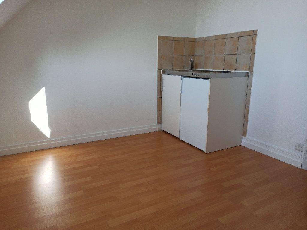Appartement à louer 1 12.02m2 à Tours vignette-2