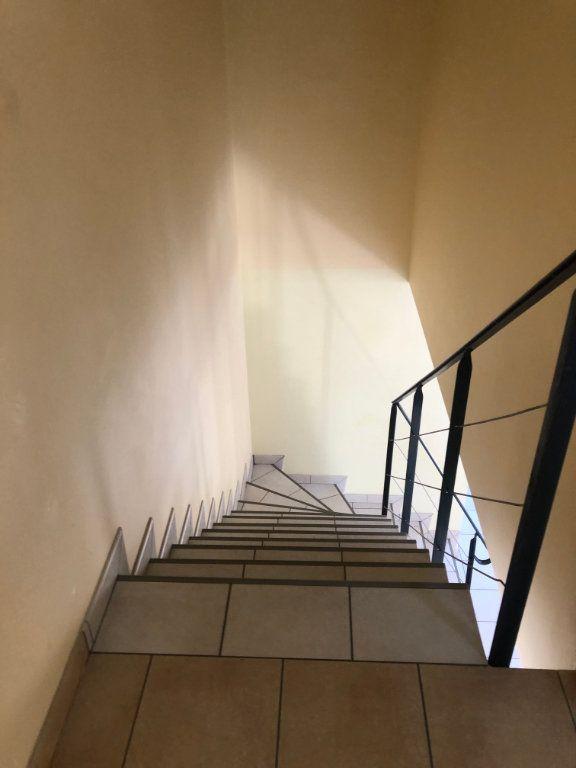 Maison à louer 3 89.61m2 à Charentilly vignette-7