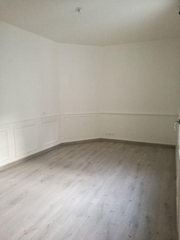 Appartement à louer 2 39.4m2 à Tours vignette-5
