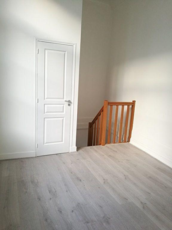Appartement à louer 2 39.4m2 à Tours vignette-7