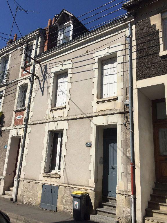 Appartement à louer 2 30.74m2 à Tours vignette-7