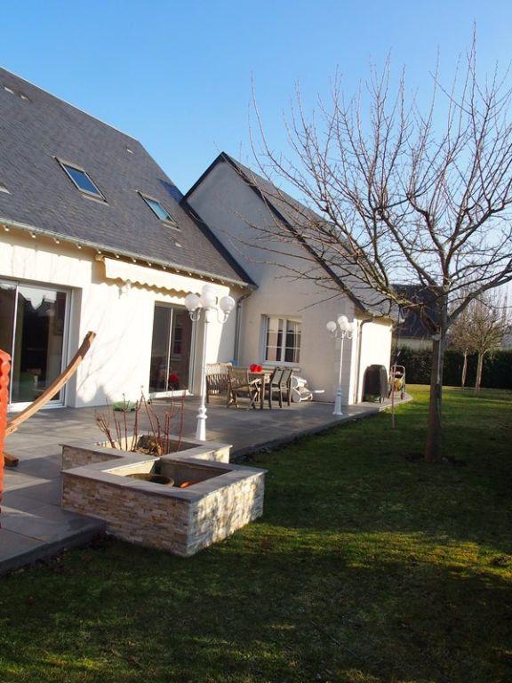Maison à louer 7 160m2 à Saint-Cyr-sur-Loire vignette-3