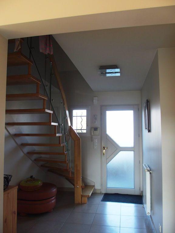 Maison à louer 7 160m2 à Saint-Cyr-sur-Loire vignette-5