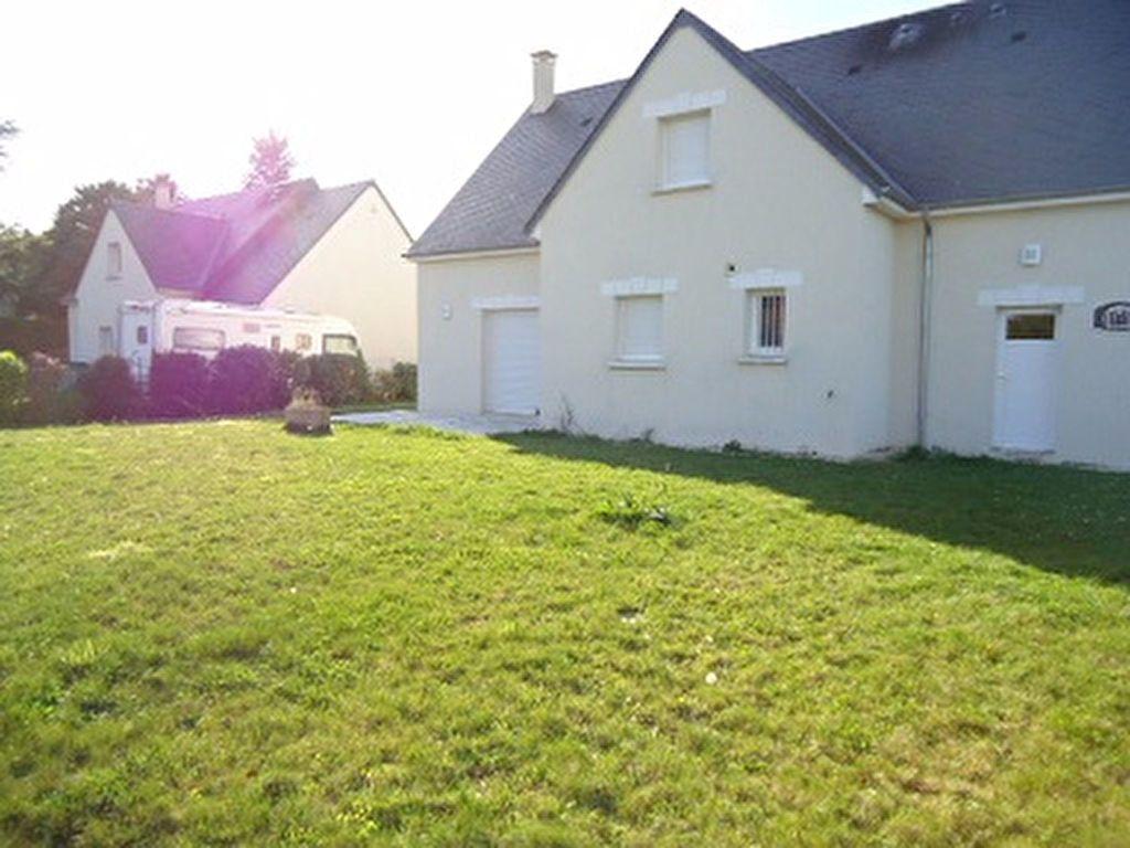 Maison à louer 7 137.31m2 à Saint-Cyr-sur-Loire vignette-5