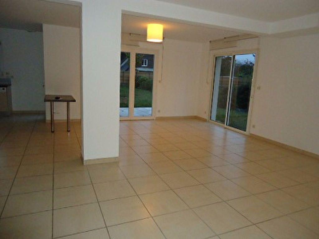 Maison à louer 7 137.31m2 à Saint-Cyr-sur-Loire vignette-7