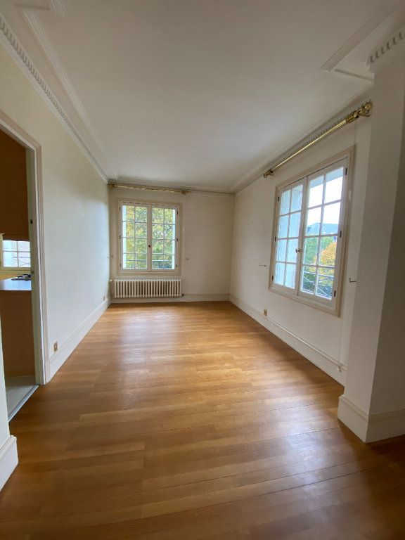 Appartement à louer 4 92.35m2 à Tours vignette-5