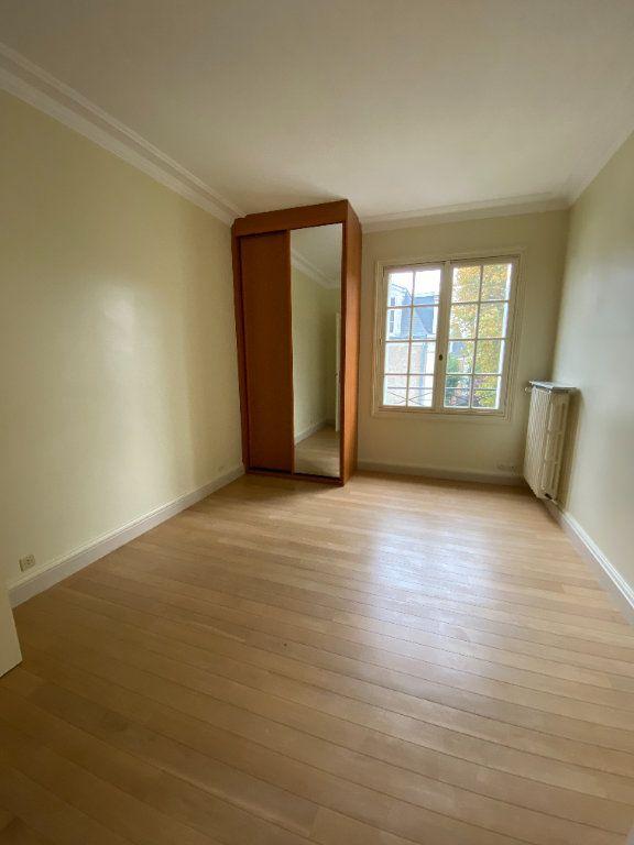 Appartement à louer 4 92.35m2 à Tours vignette-8