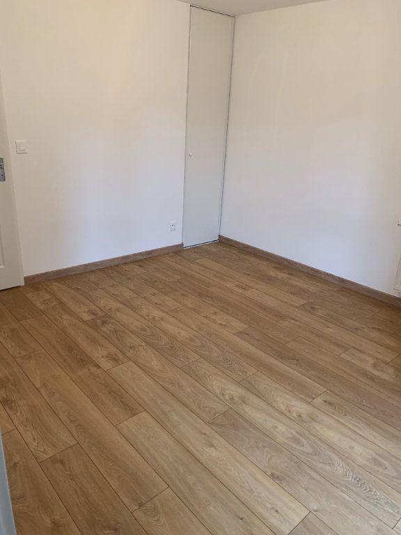 Appartement à louer 2 44.67m2 à Tours vignette-4