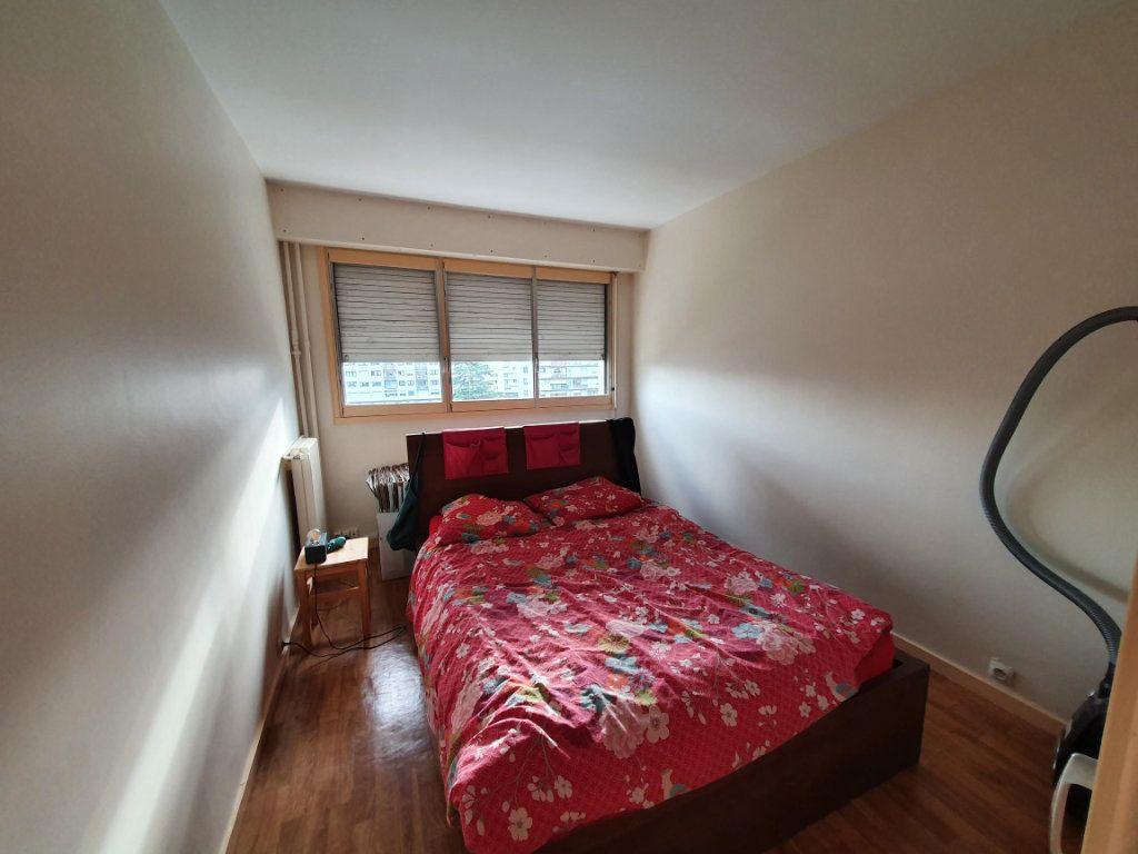 Appartement à louer 4 83.74m2 à Tours vignette-5
