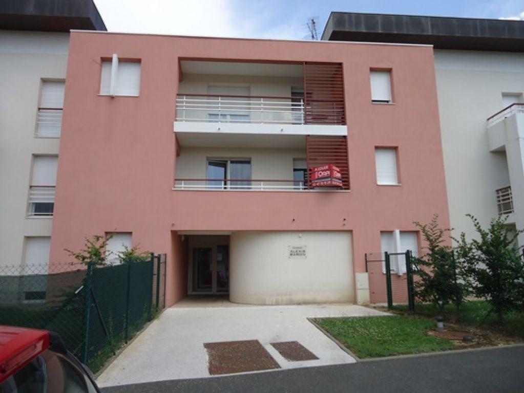 Appartement à louer 2 57.71m2 à Saint-Avertin vignette-1
