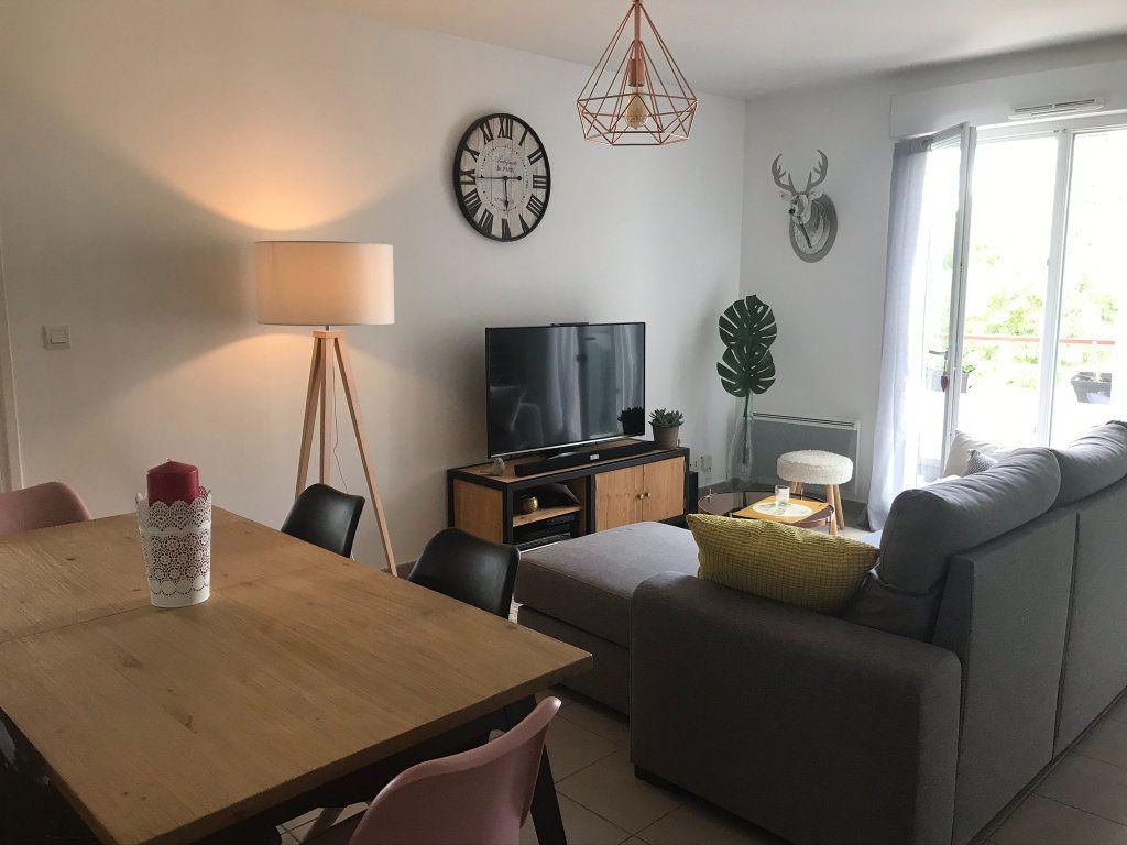Appartement à louer 2 57.71m2 à Saint-Avertin vignette-2