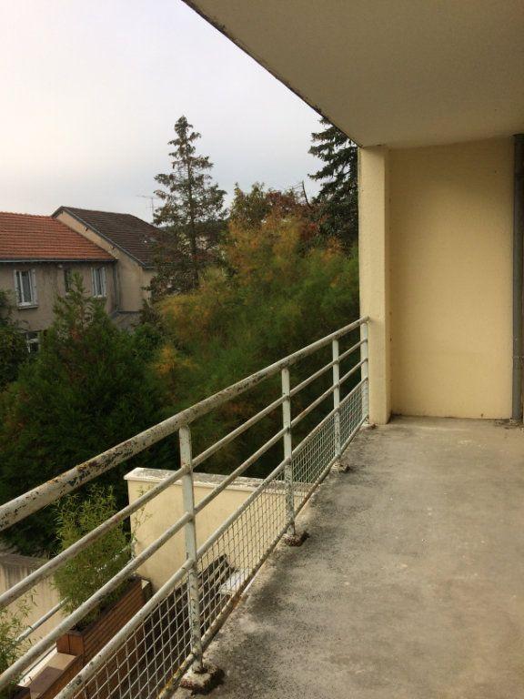 Appartement à louer 3 74.11m2 à Saint-Cyr-sur-Loire vignette-8