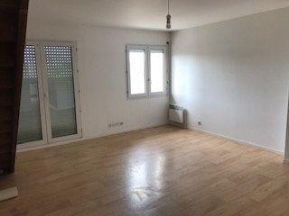 Appartement à louer 2 55.53m2 à Tours vignette-3
