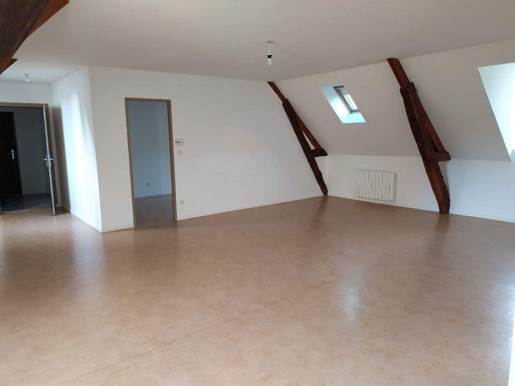 Appartement à louer 4 103.01m2 à Chinon vignette-8