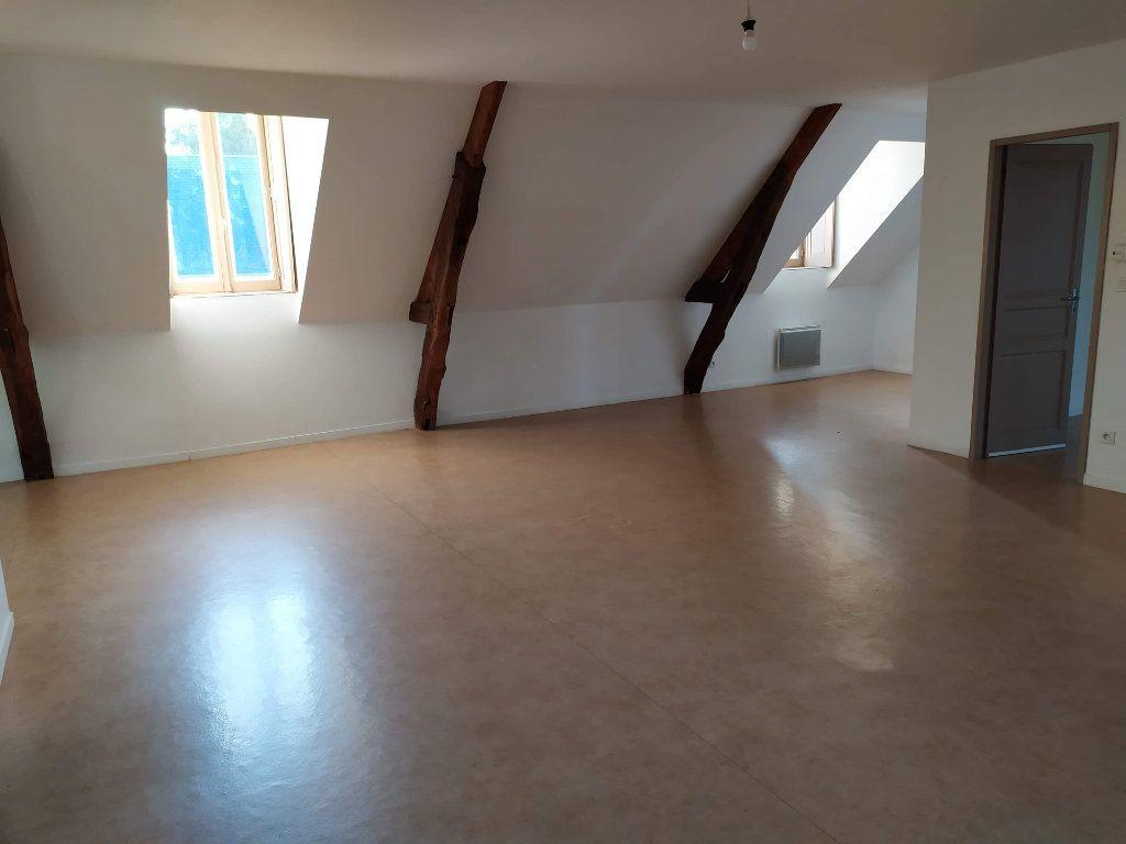 Appartement à louer 4 103.01m2 à Chinon vignette-11