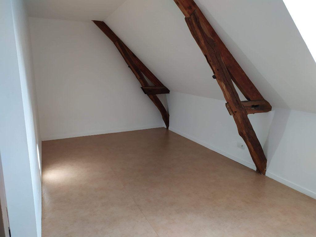 Appartement à louer 4 103.01m2 à Chinon vignette-13