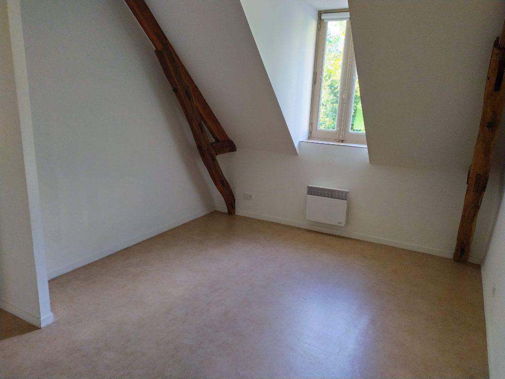 Appartement à louer 4 103.01m2 à Chinon vignette-14