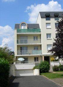 Appartement à louer 1 29.01m2 à Saint-Cyr-sur-Loire vignette-1