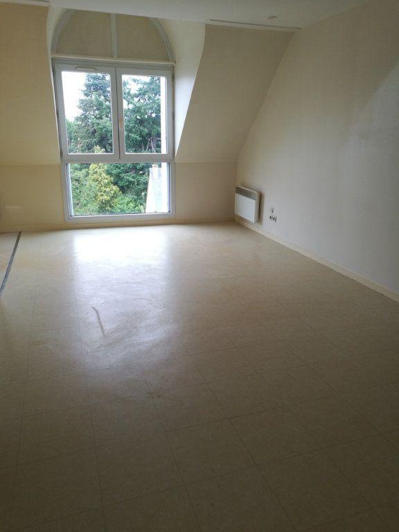 Appartement à louer 1 29.01m2 à Saint-Cyr-sur-Loire vignette-3