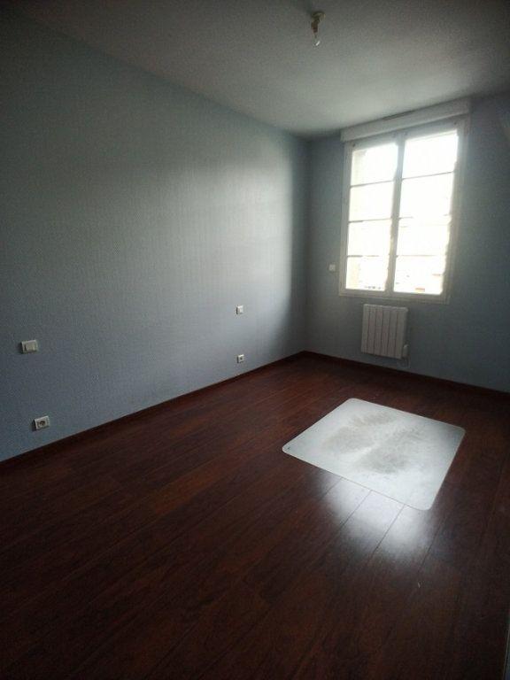 Appartement à louer 3 57.08m2 à Saint-Pierre-des-Corps vignette-6