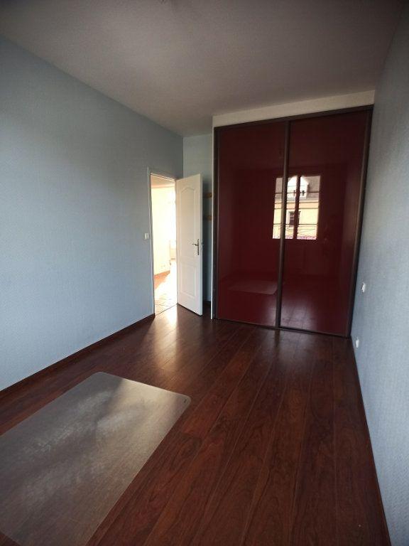 Appartement à louer 3 57.08m2 à Saint-Pierre-des-Corps vignette-7