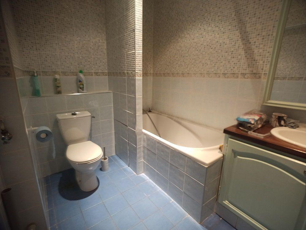 Appartement à louer 3 57.08m2 à Saint-Pierre-des-Corps vignette-8